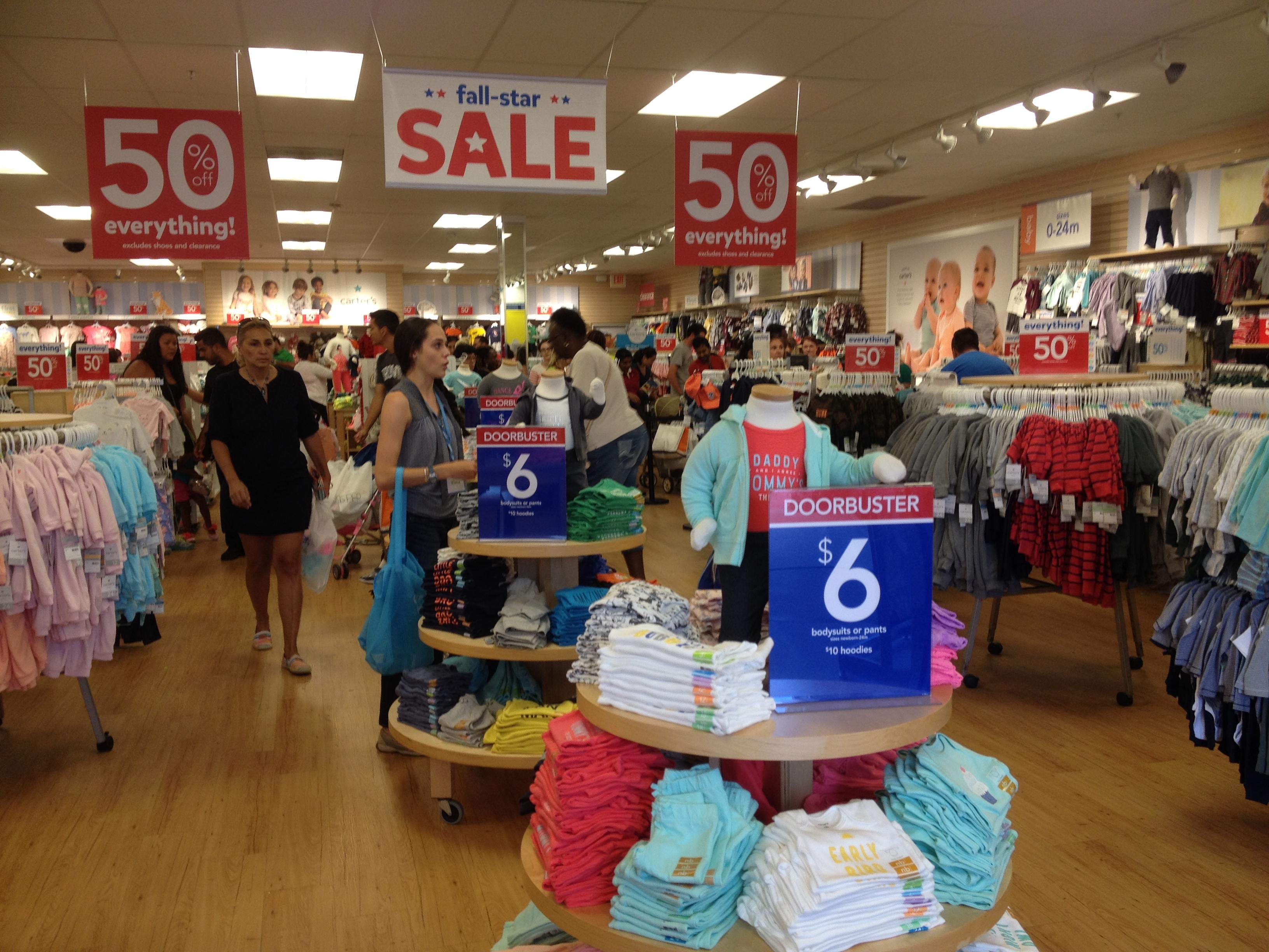 Baby Outlet Orlando - BOO. likes. Marcas e Produtos Famosos para seu Baby ao seu alcance! Realizamos compras assistidas e Redirecionamento de.